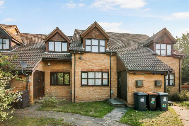 Thumbnail Property for sale in Redwood Grove, Bedford