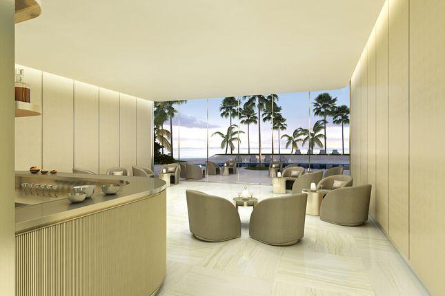 Rbac - Lobby Bar of Sunny Isles, Miami, Usa