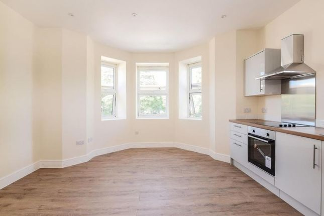 Thumbnail Flat to rent in Lord Lyon House, Stockcross, Newbury