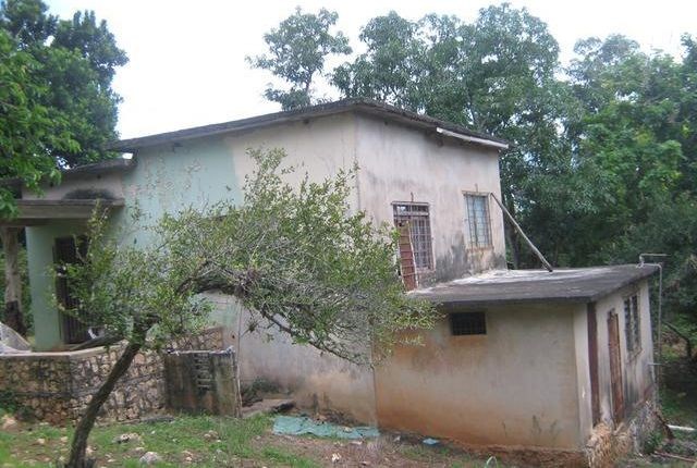 Detached house for sale in Linstead, Saint Catherine, Jamaica