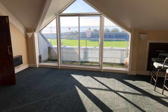 Office to let in Brynmill, Swansea
