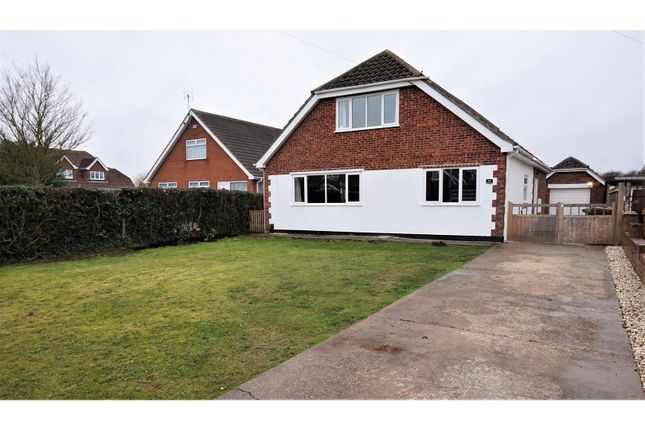 Thumbnail Detached bungalow for sale in Peaks Avenue, New Waltham