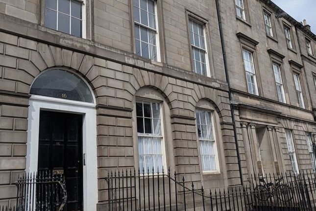 Thumbnail Flat for sale in York Place, New Town, Edinburgh