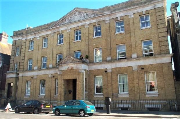 Thumbnail Flat for sale in Canute Road, Ocean Village, Southampton