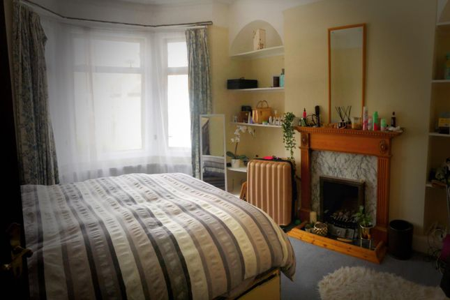 Second Bedroom of Colwith Road, Hammersmith, London W6