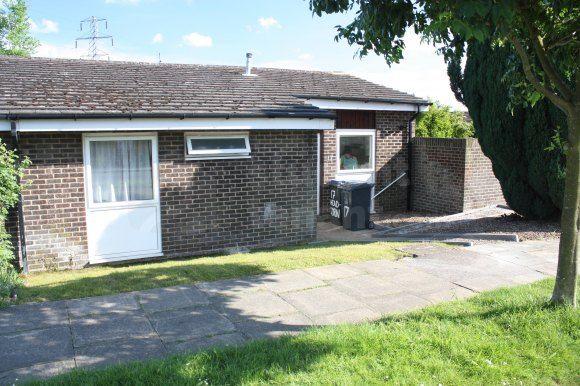 Thumbnail Room to rent in Headcorn Drive, Canterbury, Kent