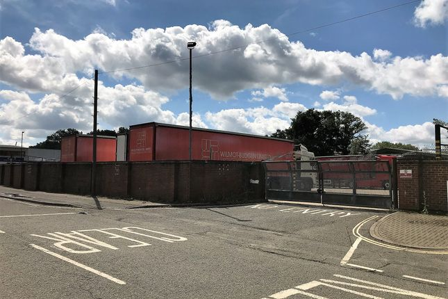 Thumbnail Industrial to let in Metcalf Way, Crawley
