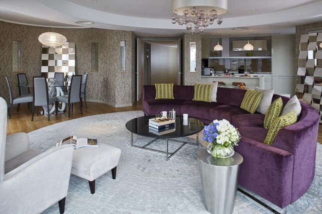 Thumbnail Flat to rent in Galley Quay Penthouse, Cheval Three Quays, Lower Thames Street
