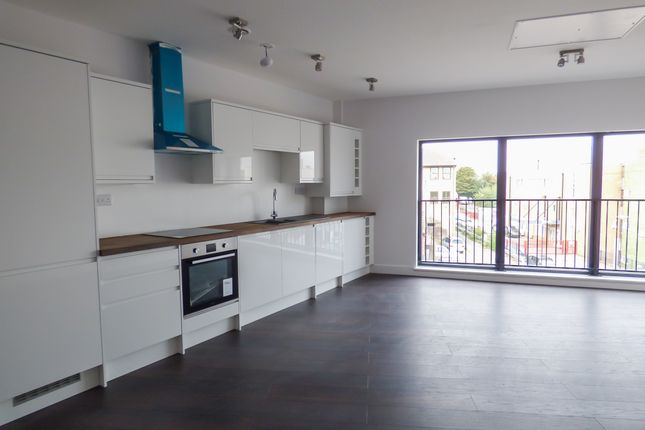 Thumbnail Flat for sale in Flat 5, 45 New Road, Gravesend
