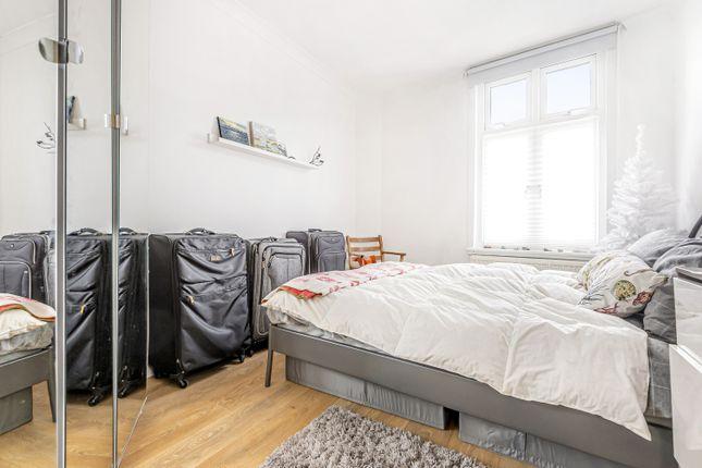 Bedroom of Mantle Road, London SE4