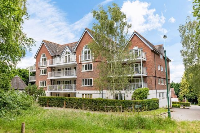 Flat for sale in Highgate Road, Forest Row