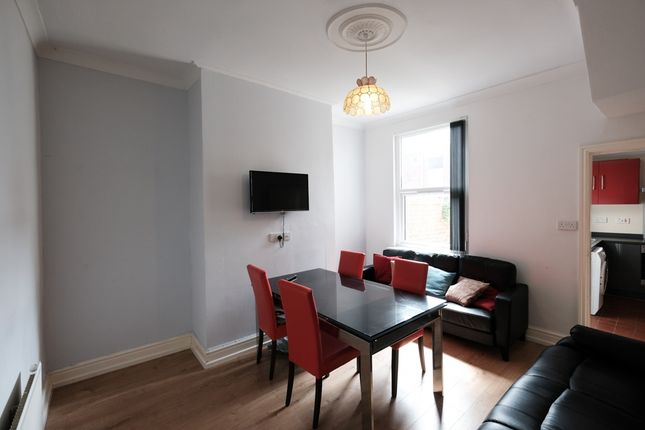 Thumbnail Flat to rent in St. Marks Road, Preston, Lancashire