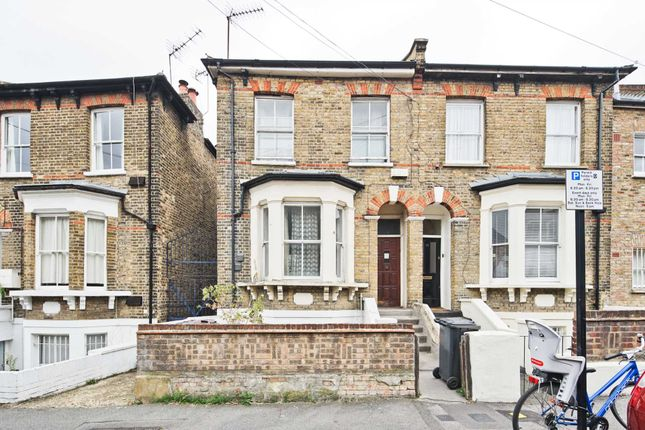 Thumbnail Maisonette for sale in Brookfield Road, London