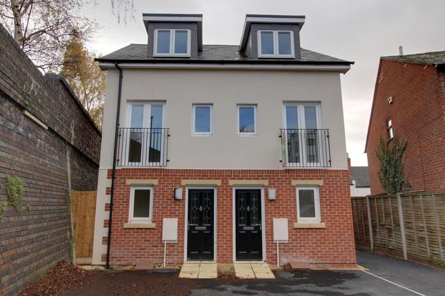 3 bed semi-detached house to rent in Stoneville Street, Cheltenham