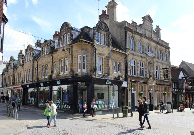 Office to let in Market Square, Horsham