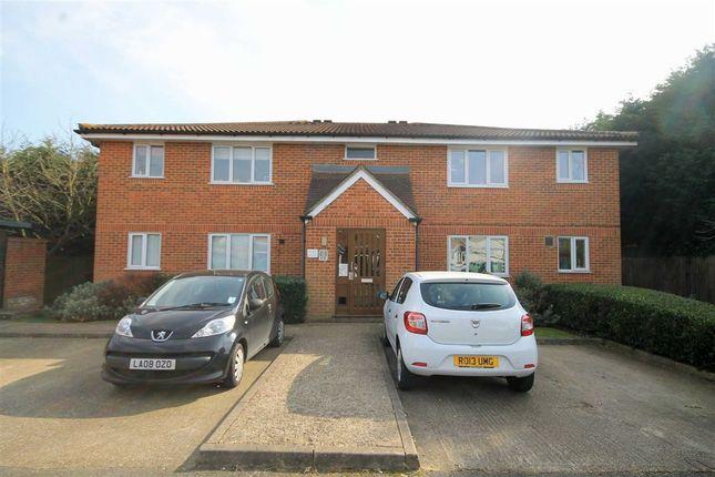 Thumbnail Flat to rent in Ranyard Close, Chessington