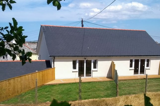 Thumbnail Semi-detached house for sale in Meadow View, Redruth
