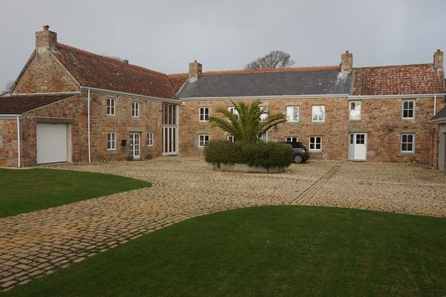 Thumbnail Property for sale in La Rue Rouge Cul, St. Lawrence, Jersey