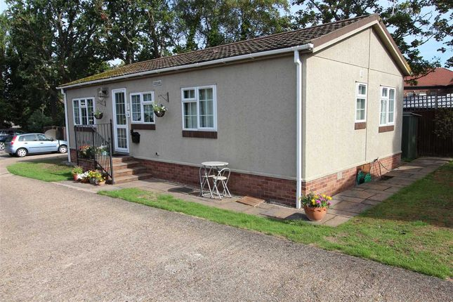 Thumbnail Property for sale in Arkley Park, Barnet Road, Barnet