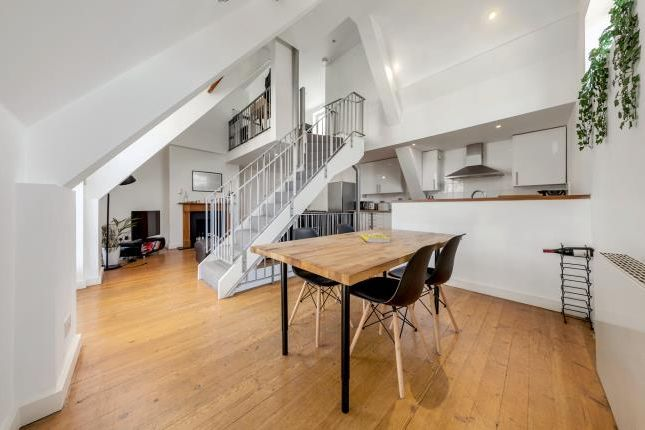 Thumbnail Terraced house to rent in Radbourne Road, London