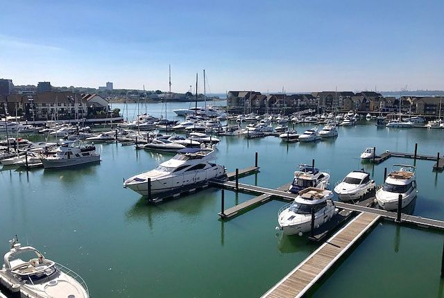 Thumbnail Flat to rent in The Blake Building, Admirals Quay, Southampton