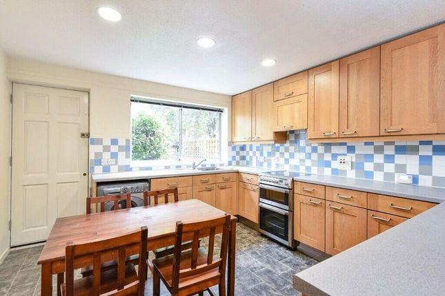Thumbnail End terrace house to rent in Chatham Street, Elephant And Castle