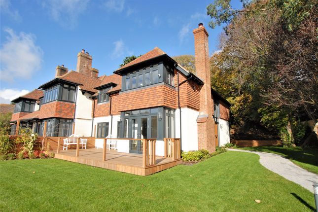 Garden of Cannongate Road, Hythe CT21