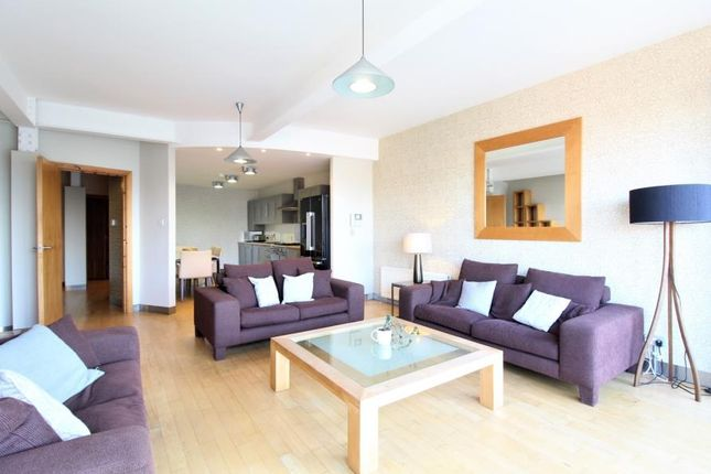 Thumbnail Flat for sale in Simpsons Fold West, 22 Dock Street, Leeds