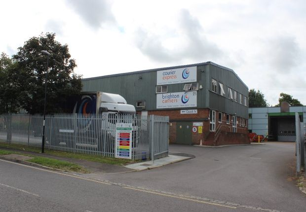 Thumbnail Office to let in 1st Floor Suites, 25 Albert Drive, Burgess Hill