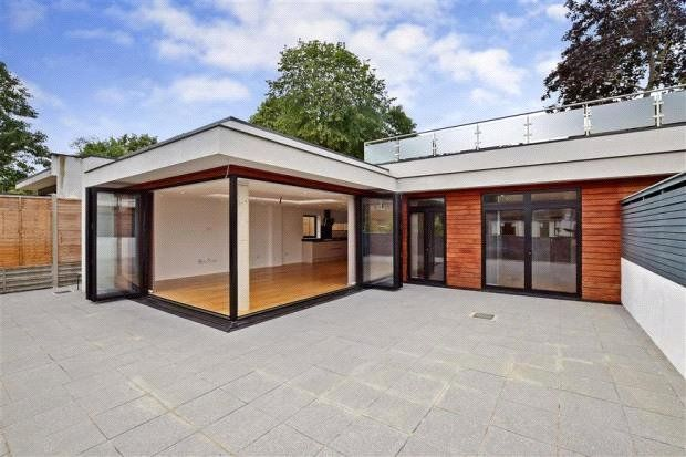Thumbnail Semi-detached bungalow for sale in Purley Rise, Purley