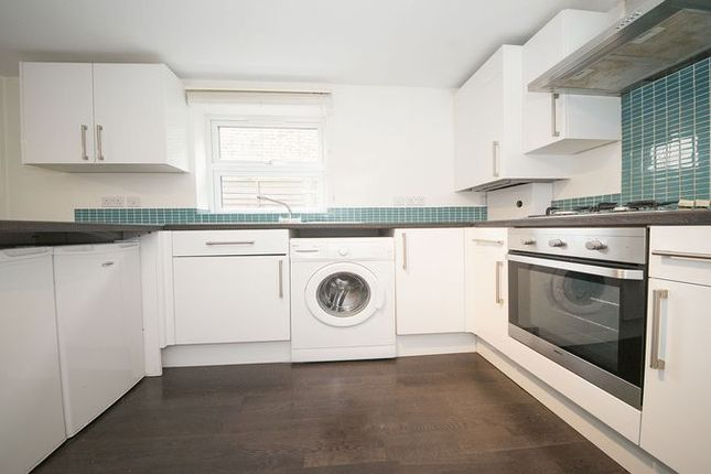 Flat to rent in Avondale Road, London