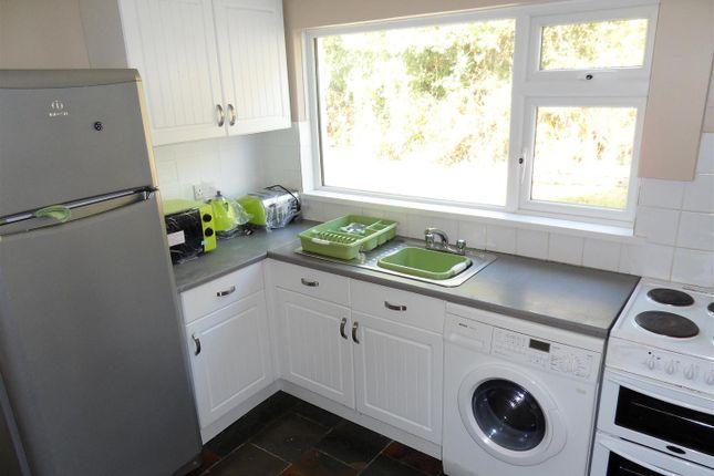 5 bed property to rent in Chapel Lane, Penryn TR10