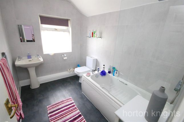 Bathroom of Sheardown Street, Doncaster DN4