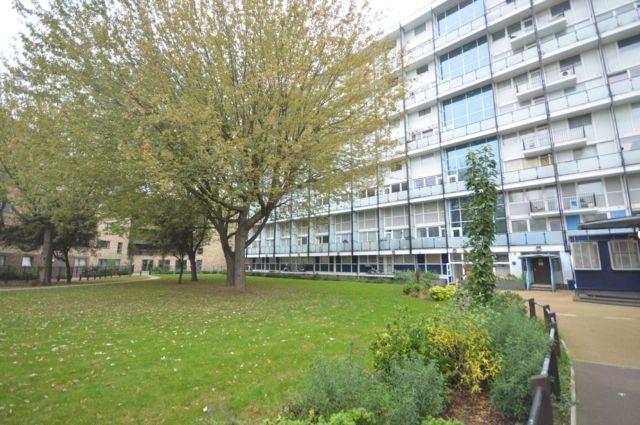 Thumbnail Maisonette to rent in Galleons House, Glengarnock Avenue