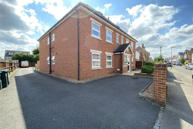 Thumbnail Flat to rent in Jeanette Court, Chaucer Road, Ashford, Surrey
