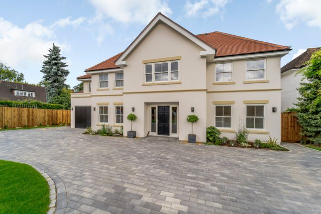 Thumbnail Detached house for sale in Grove Road, Northwood