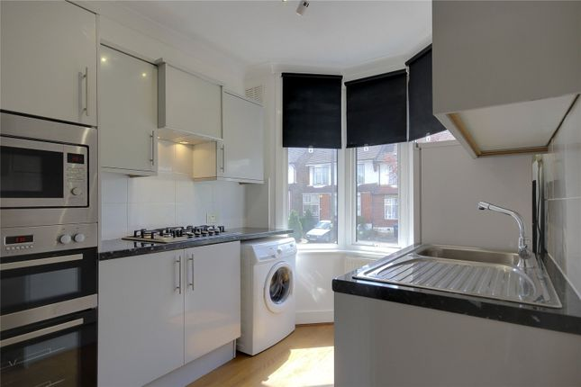 Thumbnail Flat for sale in Hastings Road, London
