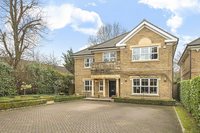 Thumbnail Detached house for sale in Links View Close, Stanmore