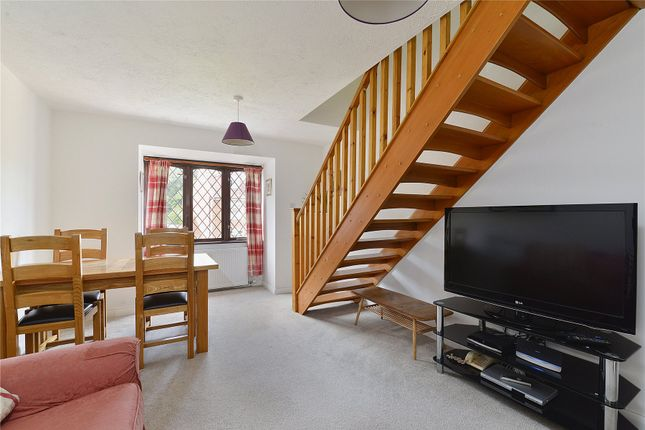 Picture No. 12 of 6 Yew Tree Road, Witley, Surrey GU8