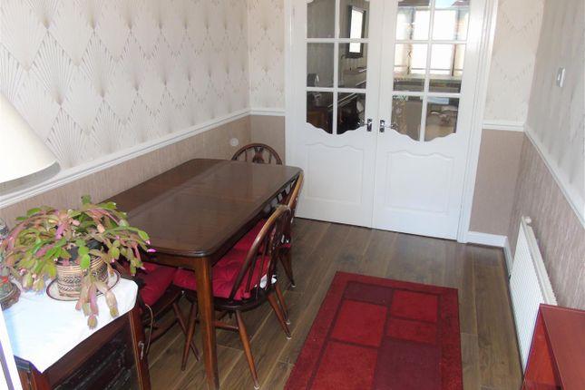 Dining Room of Village Nook, Greenside Avenue, Aintree Village L10