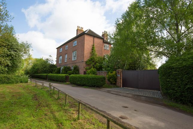 Thumbnail Detached house for sale in Coughton Fields Lane, Coughton, Alcester