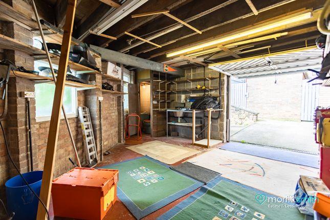 Garage 2 of Cavendish Avenue, Loxley, - Cul-De-Sac Location S6
