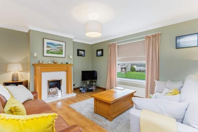 Lounge of Symington Square, The Murray, East Kilbride, South Lanarkshire G75