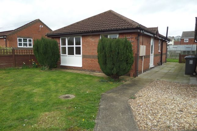 Thumbnail Detached bungalow to rent in Meadow Court, Hibaldstow, Brigg