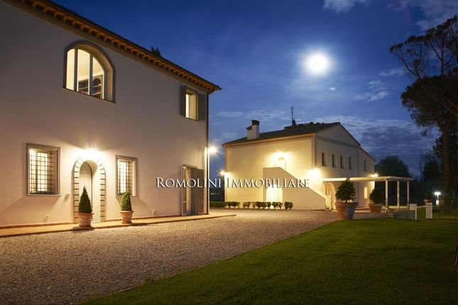 13 bed villa for sale in Palaia, Tuscany, Italy