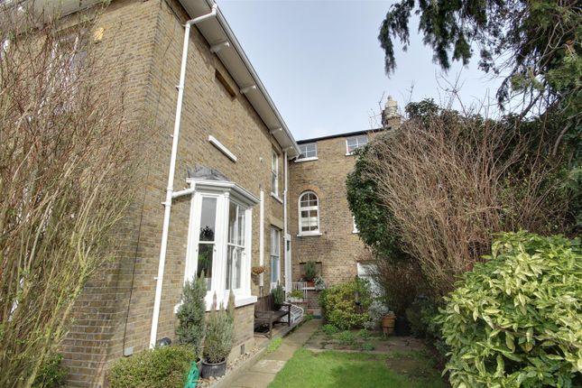 Thumbnail Flat to rent in Vicars Moor Lane, London