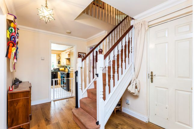 Entrance Hall of Abergavenny Gardens, Copthorne, Crawley RH10