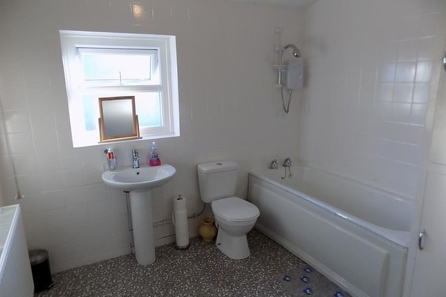 Bathroom of Romney Street, Middlesbrough TS1