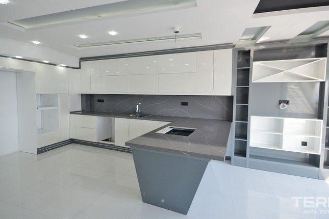 Apartment for sale in City Centre, Alanya, Antalya Province, Mediterranean, Turkey