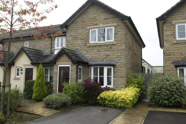 Thumbnail Town house to rent in Baildon Way, Skelmanthorpe, Huddersfield